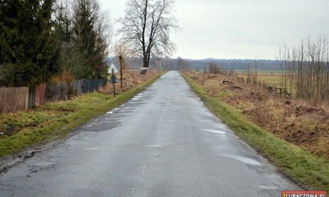 Droga ze Starego Dzikowa do Oleszyc zostanie w całości wyremontowana fot. zlubaczowa.pl