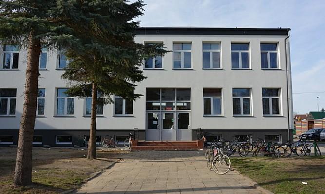 Szkoła Podstawowa nr 2 w Lubaczowie fot. lubaczow.pl