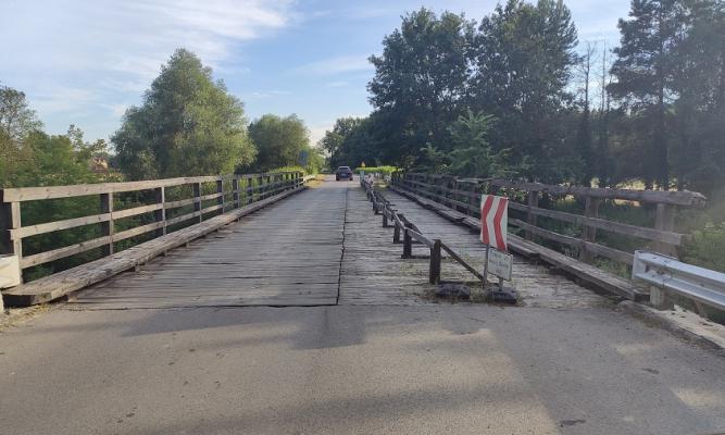 Most w Budzyniu fot. zlubaczowa.pl