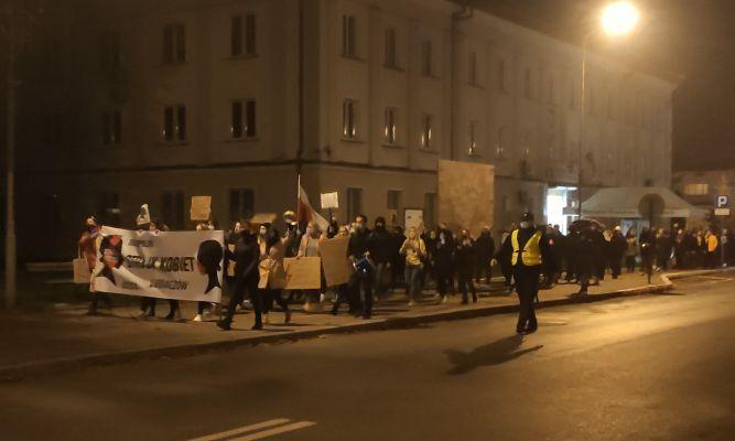 Strajk kobiet w Lubaczowie fot. archiwum zlubaczowa.pl